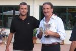 2010-07-12-campionati-regionali-di-singolare-circolo-due-ponti-s-c-_-vice-campione-regionale-ov-55-lib-cecca-renzo-premia-stefano-fiore.jpg