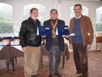 2011-04-05-tappa-dabliu-2011-gramellini-e-rea-ringraziano-il-rappresentante-del-dabliu-di-luca-m.jpg