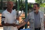 2010-06-11-campionato-invernale-a-squadre-veterani-ladies_-trofeo-santostasi-1-squadra-classificata-eur-tevere-maestro-mauro-santostasi.jpg